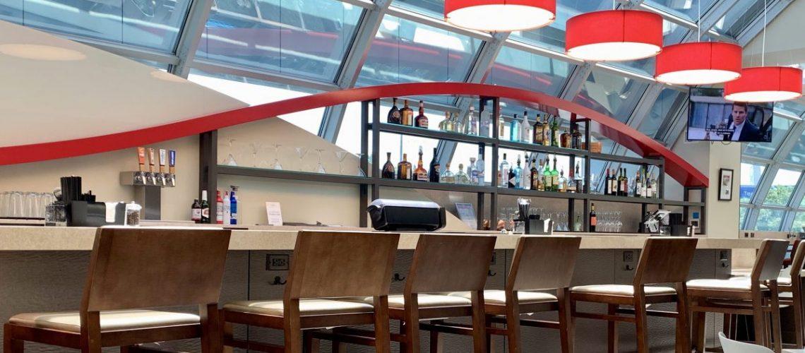 Wingtips Lounge Bar STL